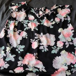 Lauren Conrad floral tie back blouse